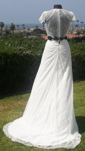 Light Ivory White Chantilly Lace All Low Back Cap Sleeves Flowing Lightweight Plunging Neck Sexy Wedding Dress Size 8 (M)