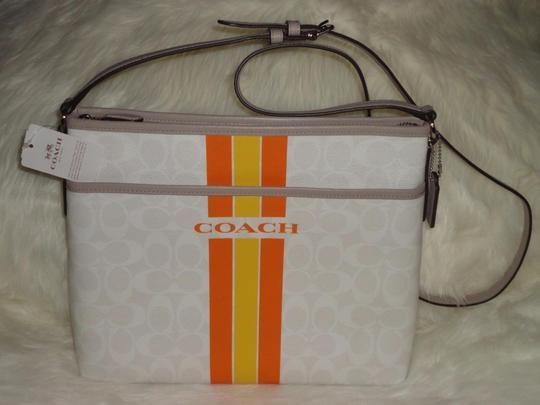 Coach Signature New With Cross Body Bag Image 1
