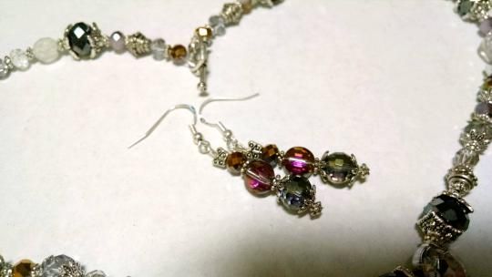 Other New Handmade Crystal Silver Necklace Earrings Set 18 Inches J642