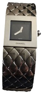Chanel Chanel Women's Watch Accessories Acier Etanche Swiss Matelasse