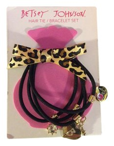 Betsey Johnson Betsey Johnson Hair Tie/bracelet Set with Leapard bow and charms