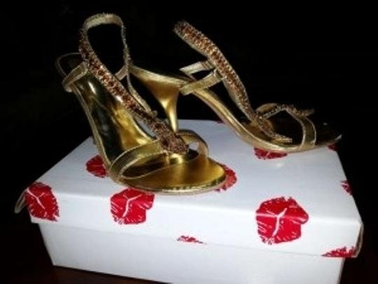 Two Lips Gold Sandals