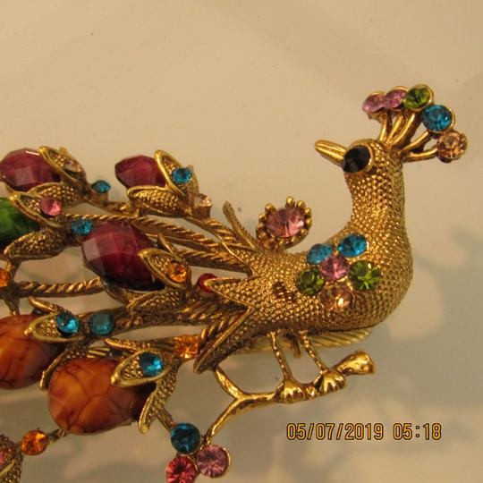 Other Unique 1920's Inspired Peacock Statement Hair Clip Image 4