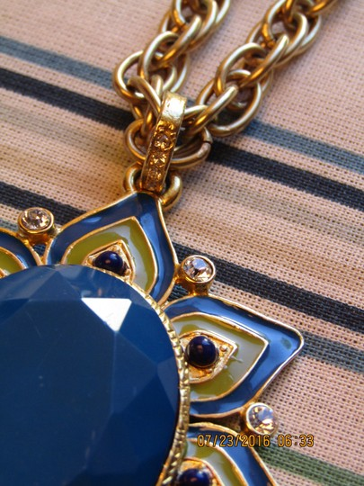 Nordstrom Gold plated Crystal and Enamel Statment Pendant Necklace Image 4