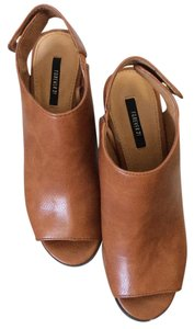 Forever 21 Camel brown Mules
