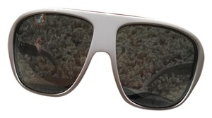 30a89f99f77 White Burberry Sunglasses - Up to 70% off at Tradesy