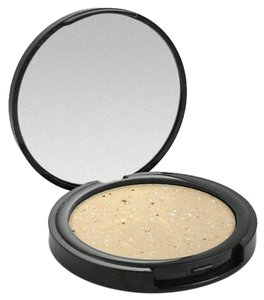 READY TO WEAR Couture Finish Powder Mirrored Compact-Ready To Wear NY 0.32 Oz