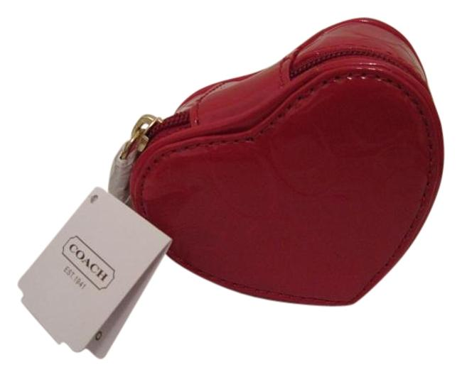 Item - Red Heart Shaped Embossed Liquid Gloss Case