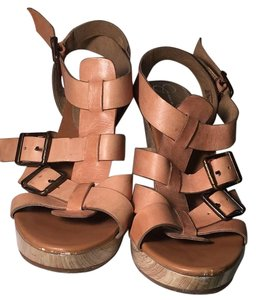 Jessica Simpson Strappy 70's Vintage Nude Sandals