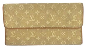 Louis Vuitton LOUIS VUITTON Tan Mini Lin International Wallet!
