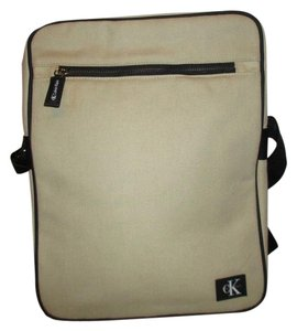 5146368139c9 Calvin Klein Canvas Laptop Travel Tote beige & black Messenger Bag