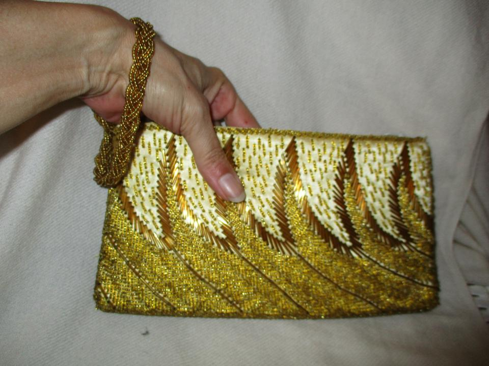 cbee7c8a9877 Other Wristlet Beaded Silk gold Clutch Image 11. 123456789101112