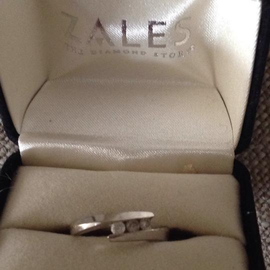 Zales 3 round diamonds Promise Ring in 10K White Gold Image 2