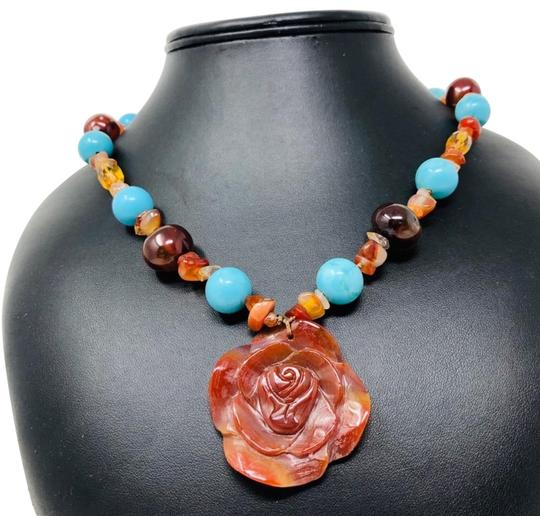 Preload https://img-static.tradesy.com/item/17958727/sterling-carnelian-gemstone-necklace-0-5-540-540.jpg