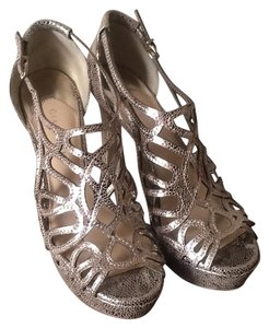Gianni Bini Gold Platforms