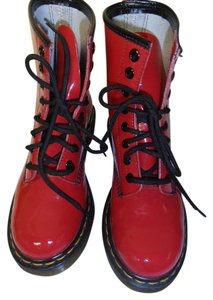 Dr. Martens Classic Patent Leather cherry red Boots