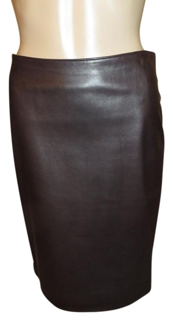 Item - Brown Classic Skirt Size 2 (XS, 26)