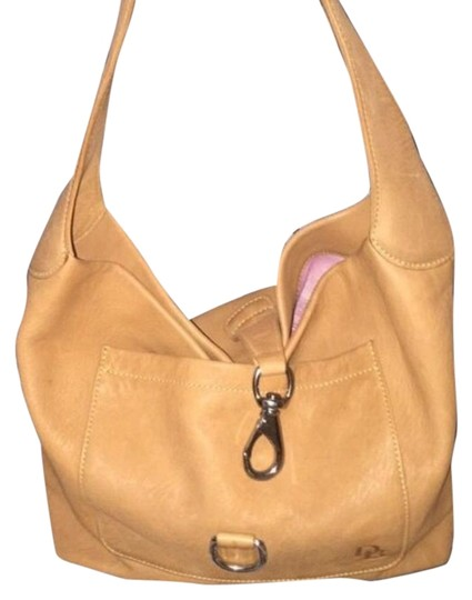 Preload https://img-static.tradesy.com/item/17964664/dooney-and-bourke-nude-suede-hobo-bag-0-1-540-540.jpg
