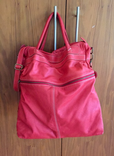 Latico Messenger Convertible Leather Tote in Red Image 4