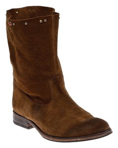 HTC Brown Boots