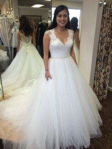 Allure 9162 Wedding Dress