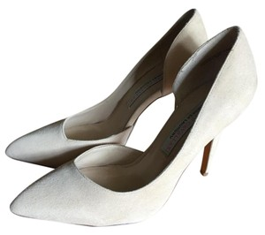 Chinese Laundry Suede Leather Pump Never Worn Nude Pumps