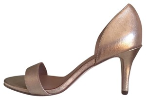 Ava & Aiden Party Date Night Gold Pumps