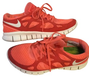 Nike BRIGHT MANGO/ SAIL-ACTION RED Athletic