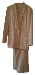 Jones New York Jones New York Creme Pant suit
