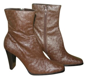 Newport News New Zippers carmel Boots