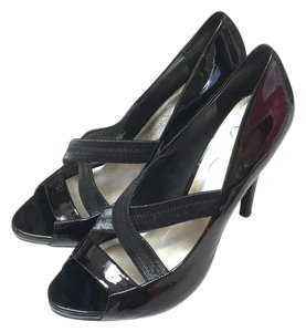 Jessica Simpson Patent black Pumps