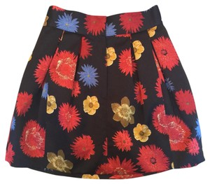 H&M Skirt Black, red, blue, yellow, and gold