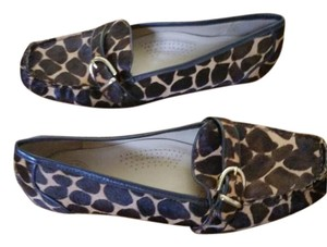 Lilly Pulitzer Animal Print SALE !!! Pony Hair Brown leather trim Gold Hardware Flats