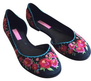 Betsey Johnson Satin Embroidered Floral Black Flats