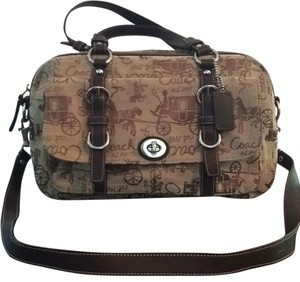 Coach Satchel in Tan