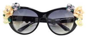 Elle Cross Elle Cross Glossy Blush Black Oval Flower Temples and Arms Sunglasses