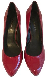 Gianni Bini Red Pumps