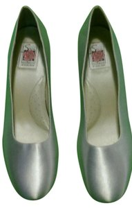 Special Occasions by Saugus Shoe Cushioned Low Heel Ivory Formal