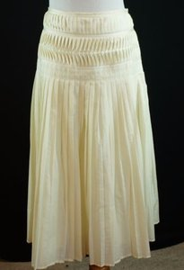Club Monaco Pleated Skirt Ivory