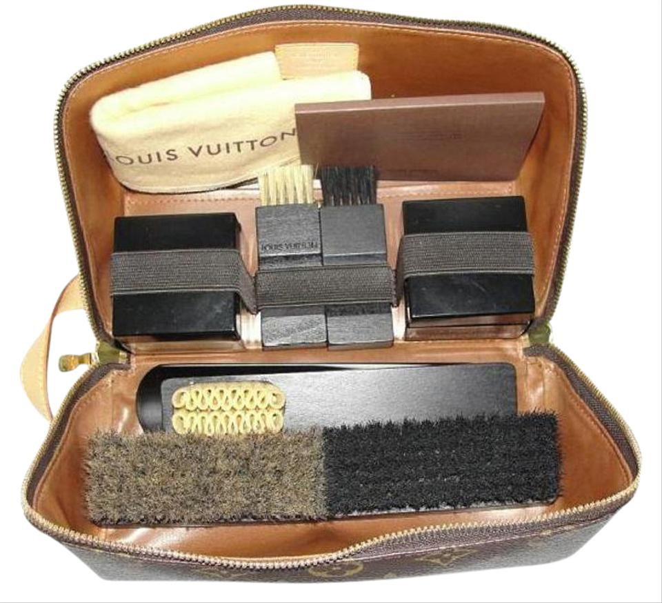 659022632d33 Louis Vuitton Brown Father s Day Rare Shoe Care Shine Kit Toiletry Bag -  Tradesy