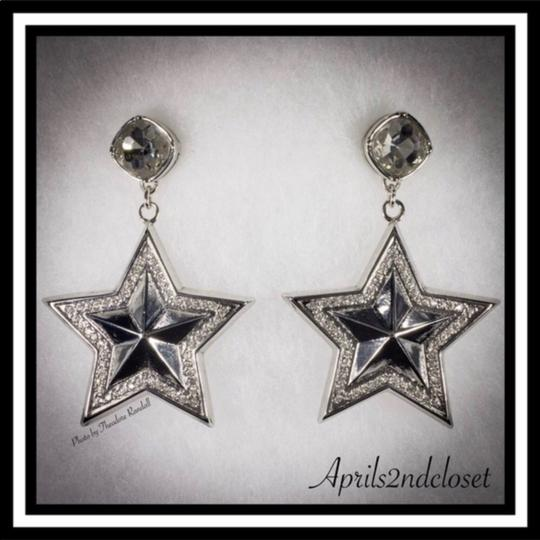 BCBGeneration BCBGENERATION CRYSTAL PAVE STAR STATEMENT EARRINGS Image 2