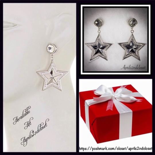 BCBGeneration BCBGENERATION CRYSTAL PAVE STAR STATEMENT EARRINGS Image 4
