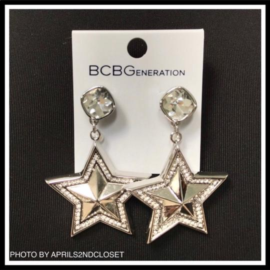 BCBGeneration BCBGENERATION CRYSTAL PAVE STAR STATEMENT EARRINGS Image 5