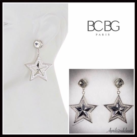 BCBGeneration BCBGENERATION CRYSTAL PAVE STAR STATEMENT EARRINGS Image 6
