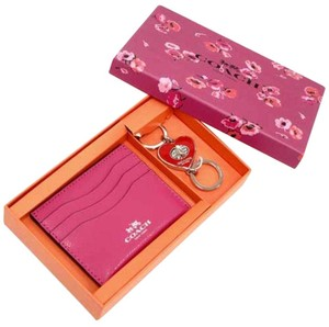 Coach Coach F66088 Women's Pink Card Case/Holder & Heart Key Chain Set $125