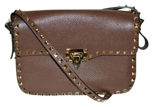 Valentino Rockstud Studded Messenger Garavani Italy CACAO Brown Messenger Bag