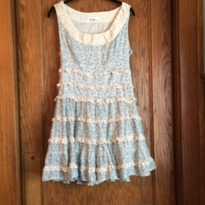 Kensie short dress Cream with blue flowers on Tradesy