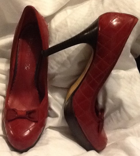 Other Red Pumps Image 2