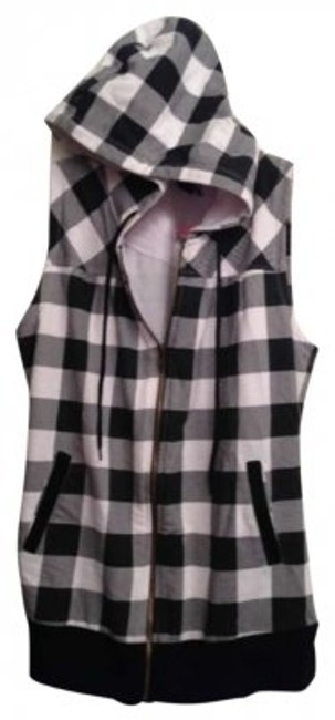 Preload https://img-static.tradesy.com/item/179889/black-and-white-checkered-zip-up-punk-hip-hipster-summer-spring-cool-sweatshirthoodie-size-6-s-0-0-650-650.jpg