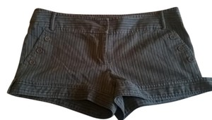 Wet Seal Size 13 Shorts Blcak Pinstripe